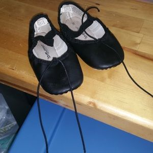 Jacques Morse girls ballet shoes